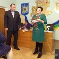 Головний лікар Л. М. Бабікова та голова профкому Ю. П. Печенюк