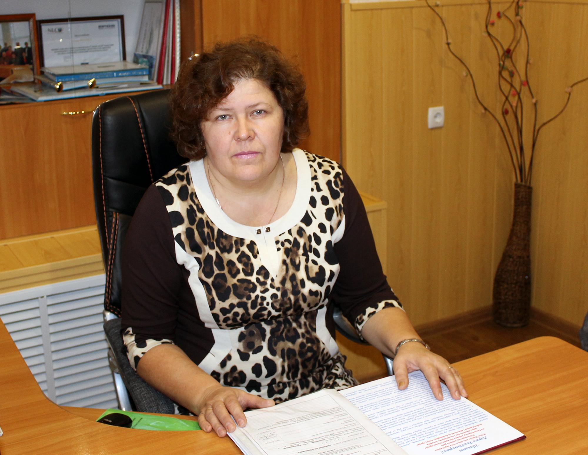 Полікова Лариса Володимирівна, генеральний директор комунального підприємства «Близнюківська центральна районна лікарня»