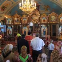 В храмі Олександра Невського