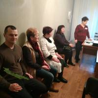 завідуюча ВОБ Оберемок Меланія Степанівна ознайомлює з планом навчання