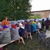Святковий козацький куліш в родинному колі
