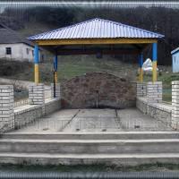 Джерело біля мосту в с.Володіївці
