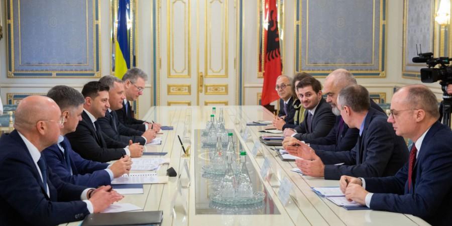 Володимир Зеленський обговорив з Головою ОБСЄ розширення мандата моніторингової місії на Донбасі
