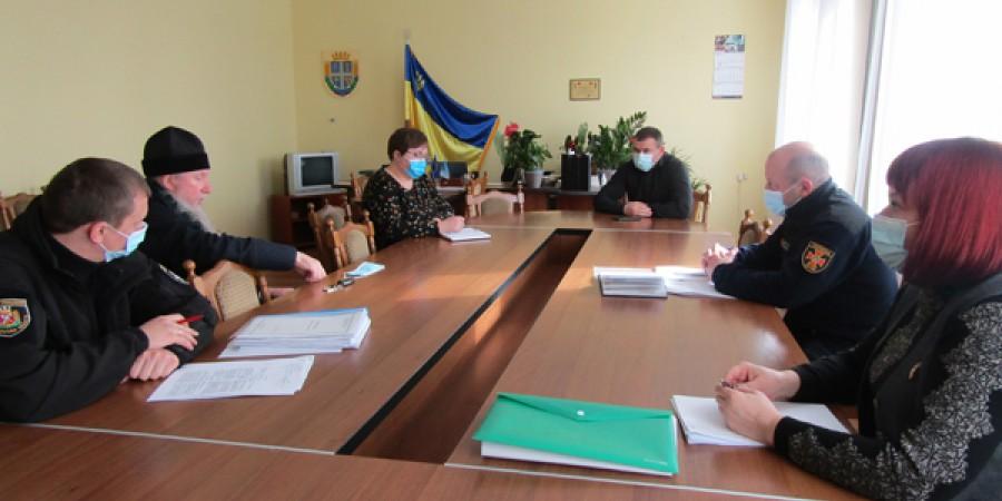 Відбулось засідання тимчасової районної комісії при райдержадміністрації щодо перевірок протипожежної безпеки