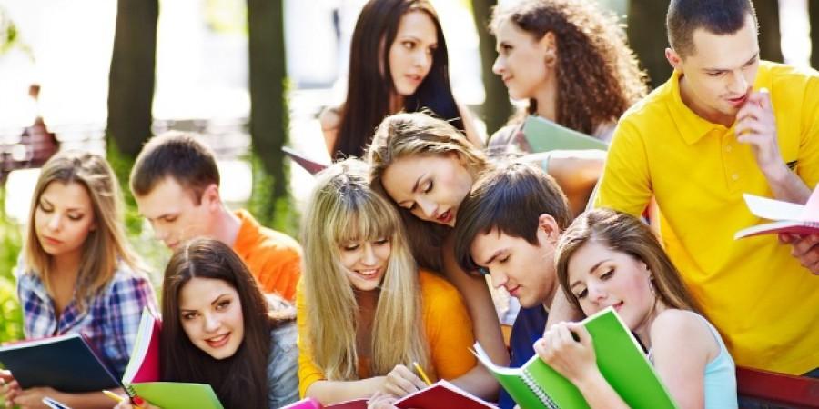 Конкурс на участь у Програмі стажування молоді в Апараті Верховній Раді України у 2022 році