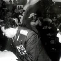 Льотчик-космонавт Береговий Г.Т. - гість міста Тлумача. Інтернет фото