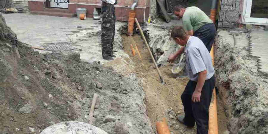 Реконструкція вулиці Незалежності продовжується ...