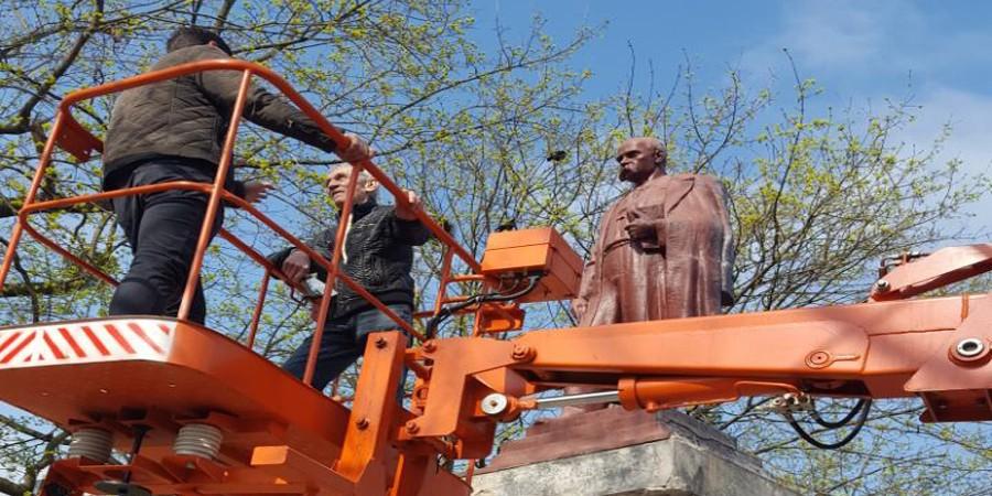 Розпочато реставрацію пам'ятника Т.Шевченку