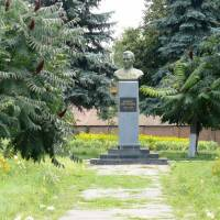 Погруддя А.С. Макаренку