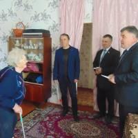 Представники влади відвідали ветеранів
