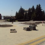 Реконструкція центральної площі селища