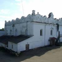 Синагога в Шаргороді — побудована у 1589 р., одна з найкращих архітектурних пам'яток України.