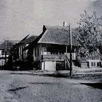 Будинок і вулиця на фото П. Жолтовського, 1930 р.