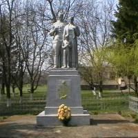 Пам'ятник загиблим воїнам, рік встановлення 1970
