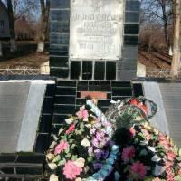 Пам'ятник загиблим воїнам с. Семенки