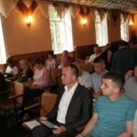 депутати заслуховують звіти доповідачів