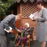 Традиція привітання  ювілярів та ветеранів