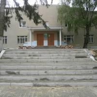 Благоустрій площадки біля клубу в селі Воротнів
