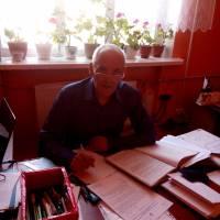 Начальник земельного відділу сільської ради Сулева М.А.