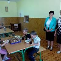 Їдальня в школі села Соло'ї