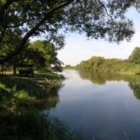Тихо плине річка Стир........