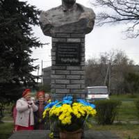 24.04.2017 р. встановлено памятник Т.Г. Шевченко