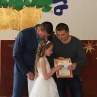 Вручення іменного сертифікату Ткачишиній І. від генерального директора