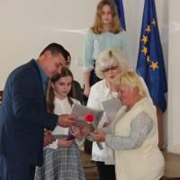 Вручення подяк за підготовку переможниці олімпіади з німецької мови Лебеденко С.