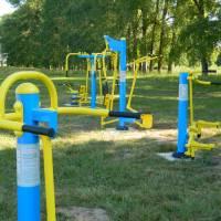 Встановлення тренажерів на території Народицького стадіону
