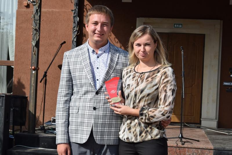 Святковий концерт, нагороди  та привітання: в Оліївській ОТГ  відзначили День вчителя
