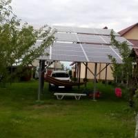 Житель села Оліївка Житомирської області встановив сонячну станцію на власному подвір'ї
