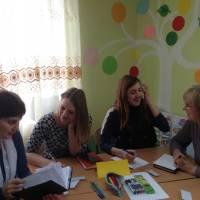 Дітям - канікули, вчителям - час для творчості