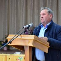 Виступає заступник сільського голови з питань діяльності виконавчих органів ради В.М. Петрук