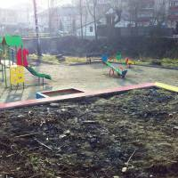 Дитячий майданчик у парку - 5