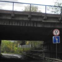 Біля залізничного мосту 2