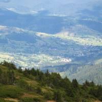 Вигляд на Чорну Тису зі Свидівецького масиву