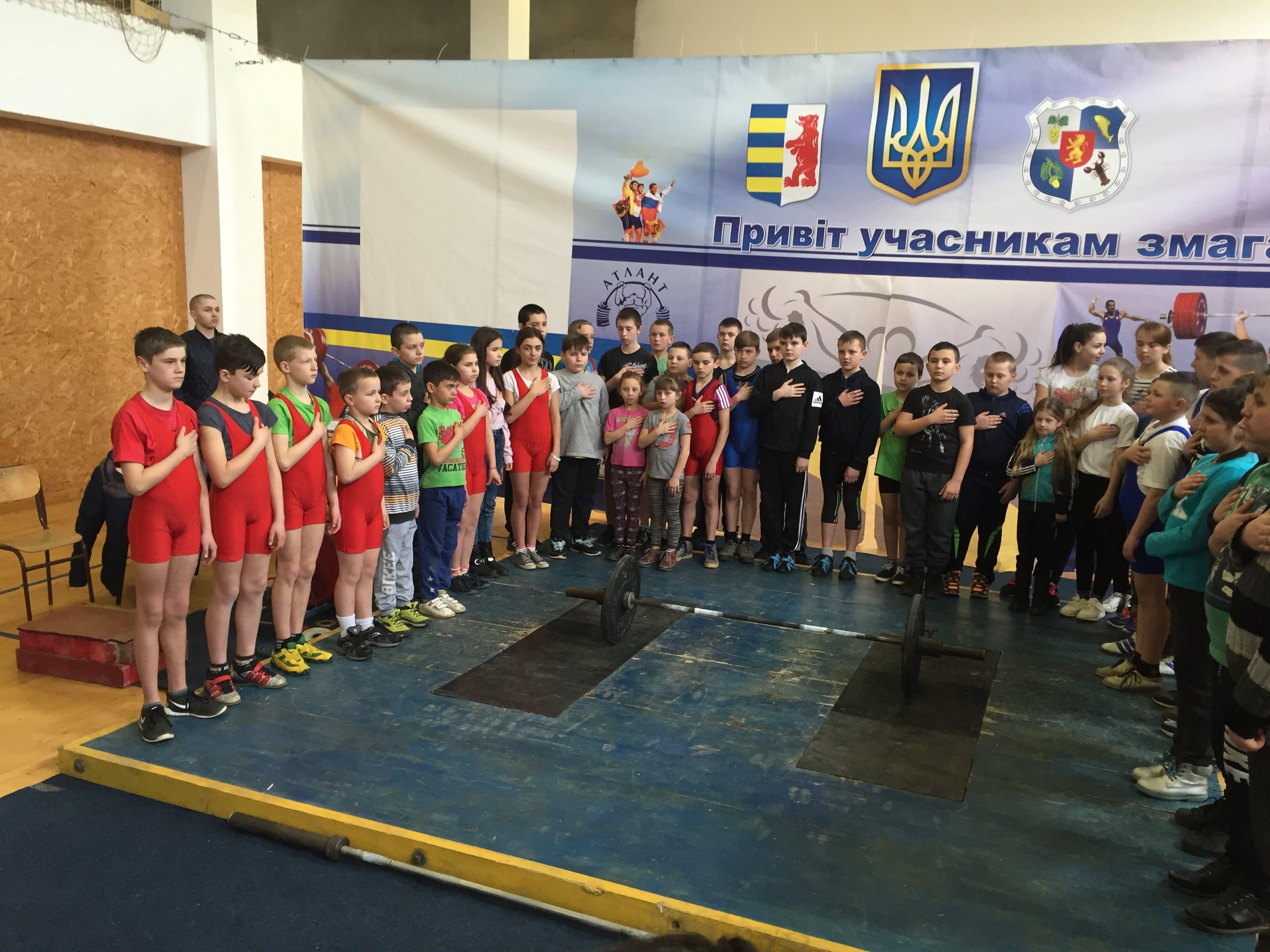 На базі ДЮСШ Полянської ОТГ відбулася першість області з важкої атлетики.