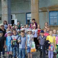 Пришкільний табір екскурсія до клубу
