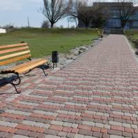 Тротуарна доріжка біля Смирновського СБК