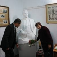 Постамент М.Л.Нагнибіди в Смирновському музеї
