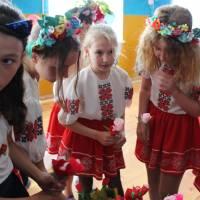 День Матері у Дніпровській ЗОШ №2