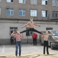 Кінськороздорівська команда силової акробатики