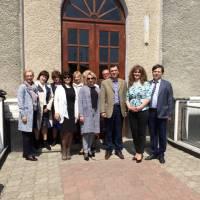 Директор Більшівцівської ЗОШ І-ІІІ ст. Наталія Самочко з колегами інших опорних закладів- учасників семінару