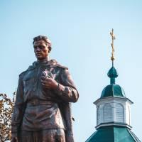 Реставрація памятника загиблим воїнам ВВВ на території церкви Покрови Божої Матері