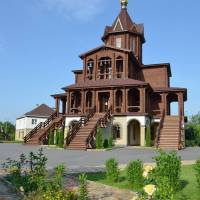 Храм Покрова Божої Матері і великомученика Артемія Антіохійського УПЦ МП
