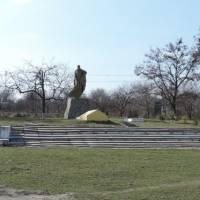 Пам'ятник полеглим воїнам