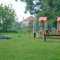Дитячий майданчик встановлений в селі Войтове