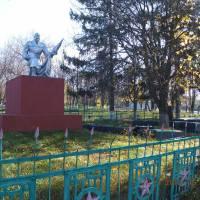 Пам'ятники загиблим у 1941-1945 рр.