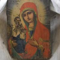 Божа Матір Праворучниця, старовинна ікона