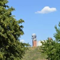Монумент Тарасу Шевченку у с.Попельнастому